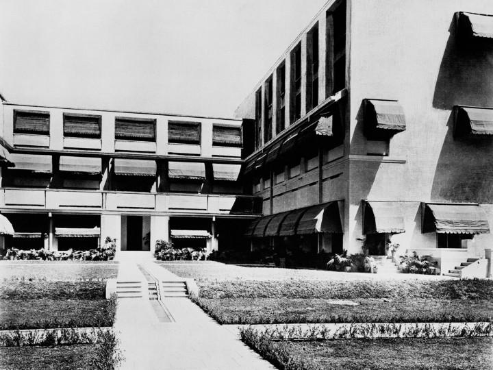 Palais-du-Maharadjah-d-indore-03