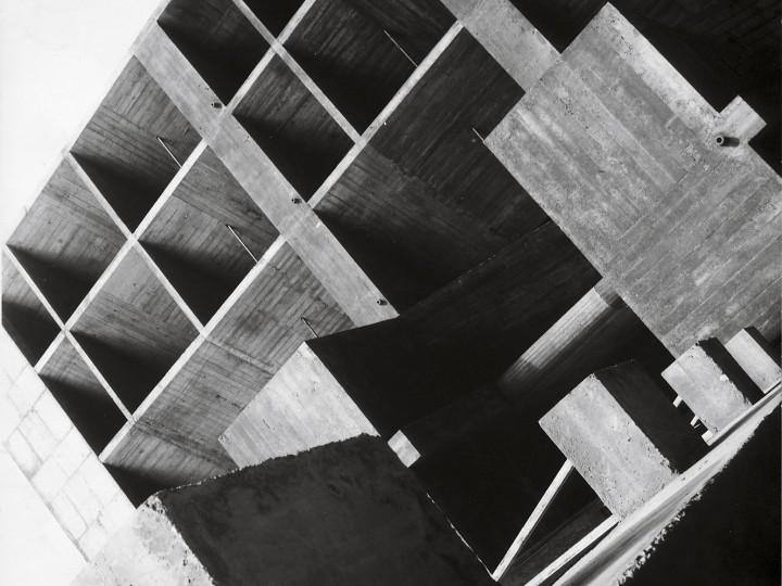 Le Corbusier-Ahmenabad-inde01
